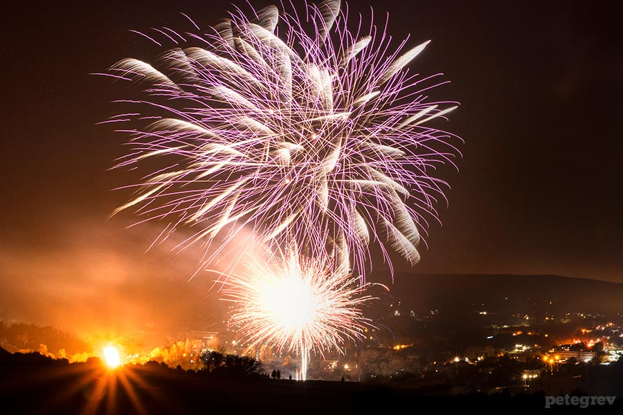 Cliffe bonfire and South Street fireworks